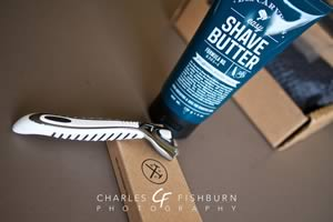 Unboxing the Dollar Shave Club 4X handle, cartridges and shave butter